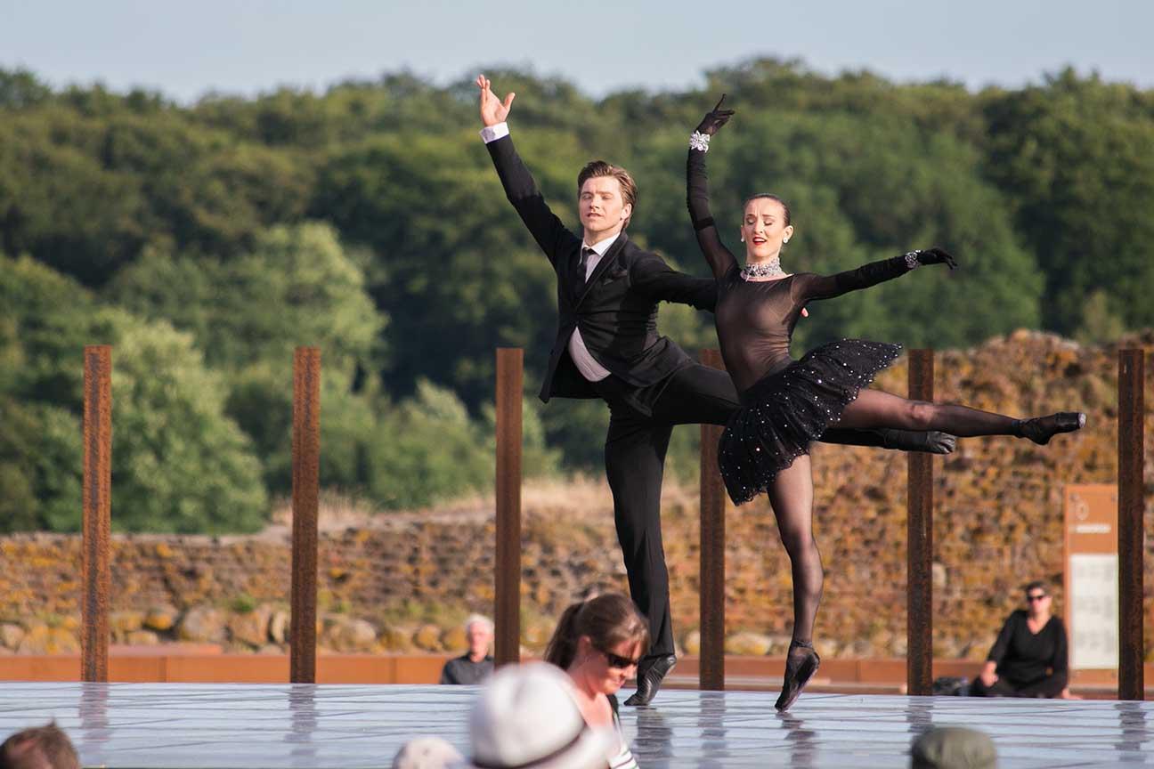 Se billeder fra Kongelig Ballet ved Gåsetårnet