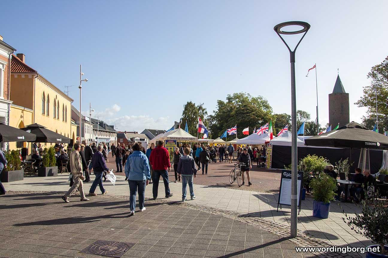 Internationalt marked på Slotstorvet i Vordingborg september 2014