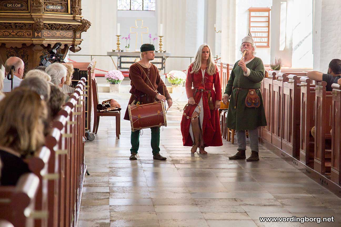 Masser af billeder fra Sildemarked og Middelaldermarked i Stege