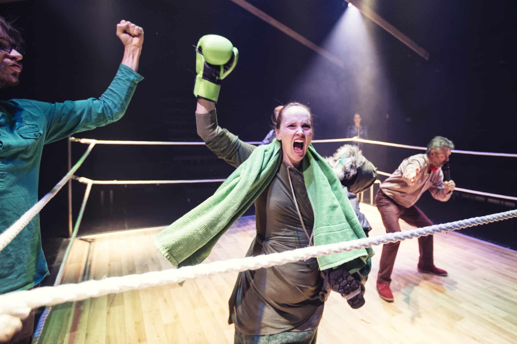 Sammenstød mellem generationer i komedie på Vordingborg Teater 18. april