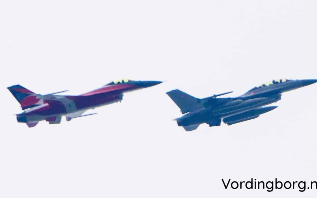 F-16 med Dannebrog fløj over Vordingborg området søndag