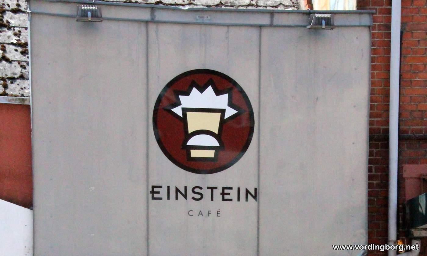 Café Einstein indfører 16+ adgang til kl. 02.00