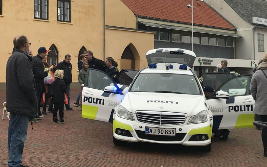 """Familiefar """"anholdt"""" på Slotstorvet i Vordingborg"""